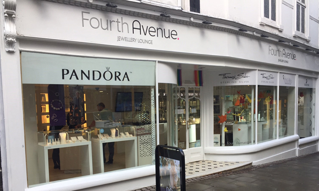 Fourth Avenue - London Street - Pandora