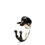 enamelled-hug-ring-dachshund